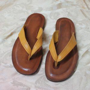 Infradito in cuoio colore arancio/marrone numero 40